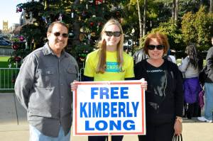 Alissa Bjerkhoel with the parents of Kimberly Long